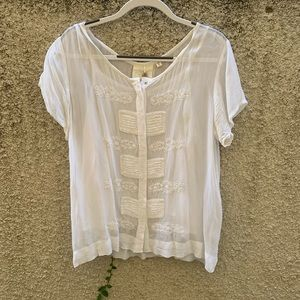 Detailed Embroidery Blouse